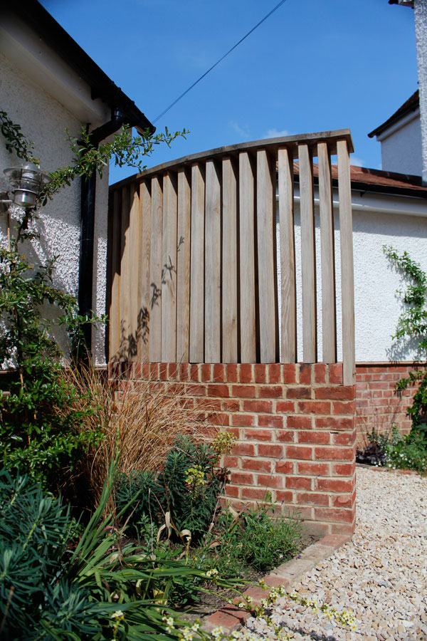 Landscaping Iffley, Oxford Timber-&-Brick-screen