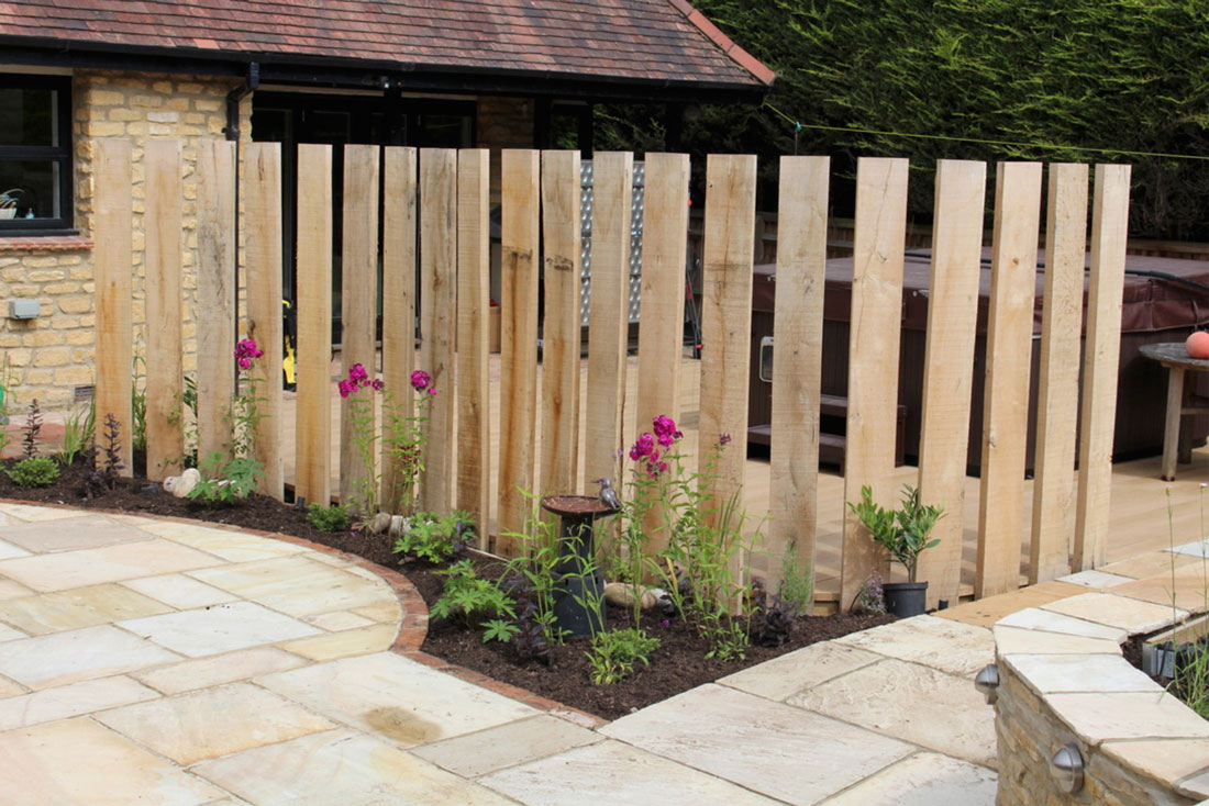 Landscaping Bicester timber screen
